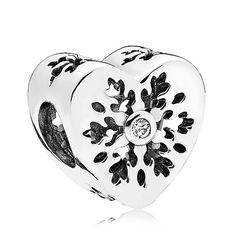 pandora christmas explore the wide range of pandora charms at amazing prices here. choose from cheap disney, essence, christmas, birthstone charms and many more. Handmade Gifts For Girlfriend, Christmas Gifts For Girlfriend, Birthday Gifts For Girlfriend, Pandora Christmas Charms, Christmas Jewelry, Pandora Charms, Pandora Moon, Cheap Pandora, Pandora Collection