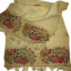 #peşkir #elbezi #küçükhavlu #havlu #peçete #elişi #nakış #telkırma #kanavice #elemeğigöznuru #sanat #osmanlı #elsanatları #kıymetlieskiler #peşirmodelleri #peşkirörnekleri #ottoman #turkey #turkish #traditional #art #embroidery #antique #vintage #handmade http://turkrazzi.com/ipost/1524903575677967974/?code=BUpi7kJAh5m