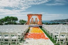 This spectacular Indian wedding is as pretty as can be with a soft peaches and cream color palette!