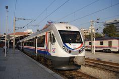 トルコ国鉄 バスマーネ駅、デニズリ行き列車, TCDD Basmane station, DM 15000 class train for Denizli
