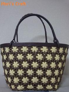 Mari's Craft:バッグにも花を咲かせました♪
