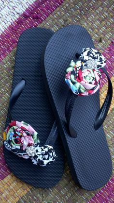 Custom fabric rosette flip flops...choose your fabric colors/design, embellishments & flip flop color and you have a perfect pair of flip flops to match any outfit! :)     www.haircandybymichelle.com or www.facebook.com/haircandybymichelle