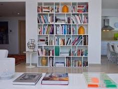 Image result for ‫פיצו קדם קיר טלוויזיה‬‎ Bookshelves, Bookcase, Carpentry, Shelving, Family Room, New Homes, Desk, House Design, Dining