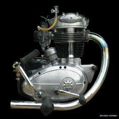 No 84: CLASSIC BSA C15 ENGINE - 250cc | by Gordon Calder
