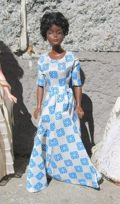 Rare Debbie dressed in 1974 New Zealand  Commonwealth Games print logo gown