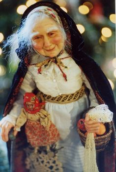 In the Italian folklore, Befana is an old woman who delivers gifts to children throughout Italy on Epiphany Eve (the night of January in a similar way to Saint Nicholas or Santa Claus Viva viva la Befana! Christmas In Italy, Italian Christmas, Christmas Music, Vintage Christmas, Primitive Christmas, Country Christmas, Christmas Christmas, Yule, Folklore