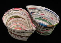 Upcycle Us: Upcycling old magazines Recycled Paper Crafts, Recycled Magazines, Old Magazines, Recycled Crafts, Newspaper Basket, Newspaper Crafts, Diy Paper, Paper Art, Magazine Bowl