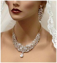 Wedding jewelry  Bridal bib necklace  vintage inspired