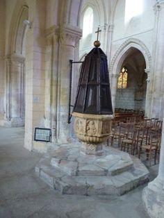 Fonds baptismaux de l'église du Bourg Dun