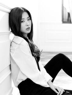 ✢ Seulgi▫ Red Velvet〚레드벨벳〛▫'Be Natural'💋 Red Velvet Be Natural, Natural Red, Kpop Girl Groups, Kpop Girls, K Pop, Korean Beauty, Asian Beauty, Seulgi Photoshoot, Korean Girl