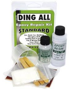Reparador Epoxy Ding All Repair Kit para tablas de surf.Kit de reparación completo para tablas de surf de material epoxy con el que puedes arreglar pequeños golpes tu mismo sin necesidad de pasar por el shaper.Este Kit incluye:1 bote de dos onzas de resina.1 bote de una onza de catalizador.1 paño de fibra de vidrio.Papel de lija con doble cara y esponja.3 aplicadores de madera y una vaso de plástico para la mezcla.Instrucciones en inglés.Fabricado en los USA.