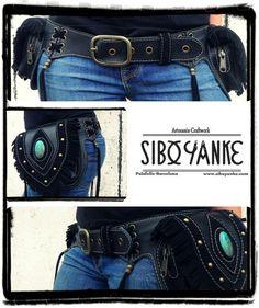 Leather Utility Belt with Moonstone bypor Sibo Yanke. por SiboYanke