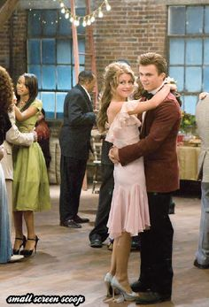 Let's dance! Julianne Hough and Kenny Wormald, Footloose Footloose Movie 2011, Ariel Footloose, Movies Showing, Movies And Tv Shows, Kenny Wormald, Dance Movies, Movie Couples, Old Movies, Outfits
