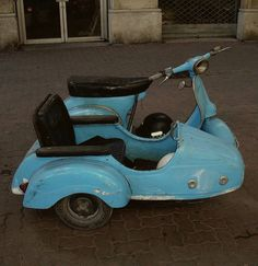 Vespa with sidecar in Sete, Languedoc-Roussillon, France