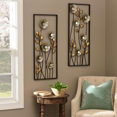 Bring the outdoors inside with our Metallic Flowers Plaques! This elegant display of spring metallics and mirrored accents reflects natural light, adding shine to your home. House Interior Decor, Room Decor, Metal Wall Decor, Home Decor Furniture, Wall Decor Living Room, Interior Decorating, Mirror Wall Decor, Interior, Home Decor