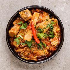 Vegan & Vegetarian - Mandira's Kitchen Vegan Indian Recipes, Vegetarian Recipes, Ethnic Recipes, Vegetarian Meal Delivery, Indian Food Delivery, Vegetarian Curry, Frozen Meals, Indian Dishes, Evening Meals
