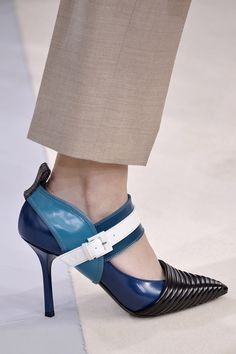 Louis Vuitton's Futuristic Pumps - The Zoe Report
