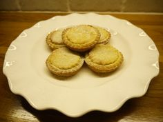 Mince pies with an orange twist, just lovely! 500g plain flour 175g icing/caster sugar 375g butter & finely grated rind & juice of large orange to bind for the most lovely orange pastry. If mince pies aren't your thing use the pastry to make St Clements Tarts with a lemon curd filling!