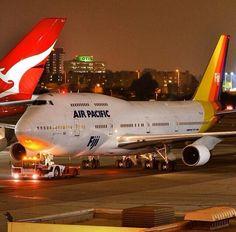 Air Pacific Boeing 747