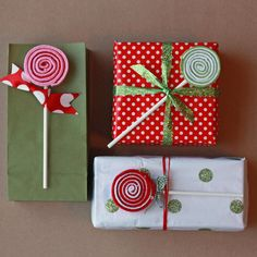 All In One Days Time: 12 Days of Christmas Crafts: Day 3 and a Tutorial on felt lollipops.  These are so cute!
