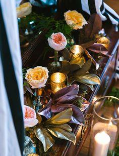 bud vase florals are super easy ceremony decor pieces!