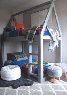 Use these free DIY bunk bed plans to build the bunk bed your kids have been dreaming about. All the bunk bed plans include diagrams and directions. Four Bunk Beds, White Bunk Beds, Bunk Bed Plans, Bunk Beds With Stairs, Kids Bunk Beds, Bunk Bed Tent, House Bunk Bed, Fort Bed, Diy Bett