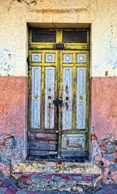 Granada, Nicaragua door / I loooooove doors!