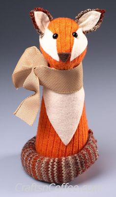 This cutie-pie woodland fox is a no-sew sock craft. Crafts 'n Coffee shows how to make it! He would be so cute sitting on a mantel or side table as part of an autumn display. Sytrofoam giv…
