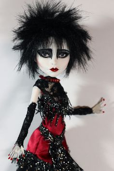 """""""Dear Prudence"""" Siouxsie Sioux Tribute Monster High Repaint Art Doll by Refabrications  #OOAK #MonsterHighDoll #MonsterHigh #MonsterHighRepaint #MonsterHighooak #DollRepaint #Custom #CustomDoll #Siouxsie #SiouxsieSioux #ArtDoll #Art #Doll #Unique #Goth #Gothic #Rocker #80s #DearPrudence #eighties #Refabrications"""