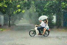 Honda c50 in the rain