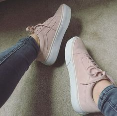 Eye-Opening Cool Ideas: Zara Chanel Shoes slip on shoes cheap.Shoes For Girls Summer spring shoes oxfords. Moda Sneakers, Sneakers Mode, Sneakers Fashion, Shoes Sneakers, Adidas Shoes, Fashion Shoes, Mens Fashion, Pink Vans Shoes, Vans Shoes Women