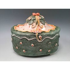Lidded pottery box/pottery box/canister/jewelry box/storage box/green... ($65) ❤ liked on Polyvore featuring home, home decor, colored storage boxes, handmade home decor, green home decor, green home accessories and green storage box