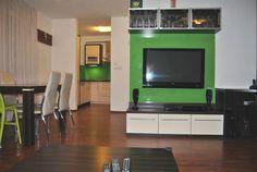 onúkame na predaj NOVOSTAVBA 3i byt v Bratislave na Horskej ul. Nové Mesto, 81,89m2 (byt 76,51m2, balkón 5,38m2), p.2/4 s výťahom.Byt pozostáva z otvorenej dispozície kuchyne, jedálne a obývačky, spálne, detskej izby, kúpeľne, samostatného WC a balkónu s výhľadom na mesto.