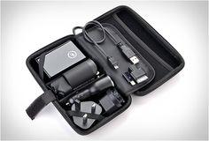 PREMIUM TRAVEL KIT - http://www.gadgets-magazine.com/premium-travel-kit/