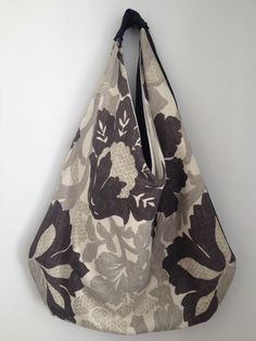 Polygon boho bag in Designer Guild's Santuzza linen.