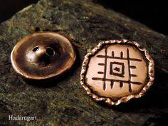 Artizani romani | Mestesugari romani | Nasturi din cupru handmade
