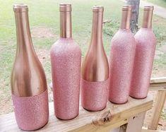 Pink Wine Bottle with Glitter, Table Decor, Centerpiece, Wedding Decor Glass Bottle Crafts, Wine Bottle Art, Painted Wine Bottles, Diy Bottle, Glitter Wine Bottles, Empty Wine Bottles, Diy Projects With Wine Bottles, Wine Bottles Decor, Crafts With Wine Bottles