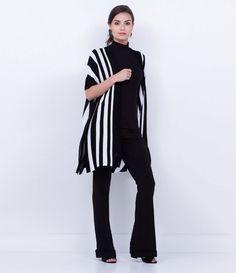 Quimono feminino  Listrado  Marca: Cortelle  Tecido: retilínea  Composição: 50% viscose e 50% acrílico  Modelo veste tamanho: P         COLEÇÃO INVERNO 2016     Veja outras opções de    casacos femininos.