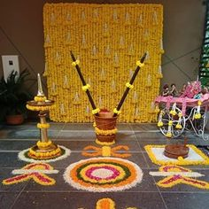 Desi Wedding Decor, Wedding Hall Decorations, Marriage Decoration, Backdrop Decorations, Flower Decoration For Ganpati, Mehendi Decor Ideas, Flower Garland Wedding, Indian Wedding Photography Poses, Background Decoration