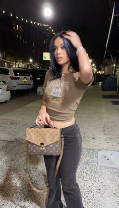 Baddie Outfits Casual, Cute Swag Outfits, Retro Outfits, Trendy Outfits, 2000s Fashion, Teen Fashion, Fashion Outfits, Black Girl Fashion, Look Fashion