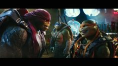Teenage Mutant Ninja Turtles: Out of the Shadows: Trailer Photos. Leo in background Ninja Turtles 2, Teenage Mutant Ninja Turtles, Tortugas Ninja Leonardo, Bebop And Rocksteady, Tmnt Girls, Cinema, Trailer, Heart For Kids, Memes