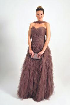 Vestido de tul estilo princesa by Fara Fiesta | Boutique Clara. Tu tienda de vestidos de fiesta.