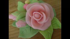 Come realizzare una semplice rosellina  e i boccioli in pasta di zucchero, senza stampi, avrete soltanto bisogno di una lama o un coltello.. facilissimo e divertente Lama, Make It Yourself, Rose, Flowers, Pink, Roses, Royal Icing Flowers, Flower, Florals