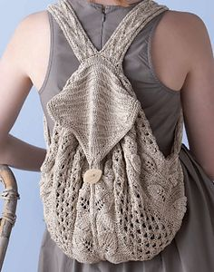 This pattern can be found on pages of Knitting Green: Conversations and Planet-Friendly Projects, by Ann Budd with contributions from some of the knitwear industry's leading designers. Mochila Crochet, Crochet Handbags, Crochet Purses, Knit Or Crochet, Crochet Crafts, Crochet Bags, Knitting Projects, Crochet Projects, Tricot D'art