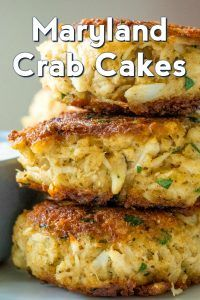 When it comes to seafood, for us, it doesn't get any better than some classic Maryland crab cakes. What makes the Maryland variety so special, you ask? It's highly debated by people, but it's a Crab Cake Recipes, Fish Recipes, Seafood Recipes, Dinner Recipes, Cooking Recipes, Crab Cakes Recipe Best, Vegetable Recipes, Homemade Crab Cakes, Chowder Recipes