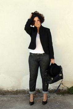 1000+ ideas about Curvy Street Style on Pinterest | Sport Chic Plus Size Style and Sheer Blouse
