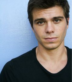 Matthew Lawrence is CLEARLY the best Lawrence brother.