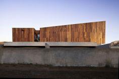 La Dehesa House / elton+léniz arquitectos asociados