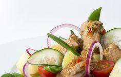 As conservas estão na moda! Salada de filetes de atum com molho cru
