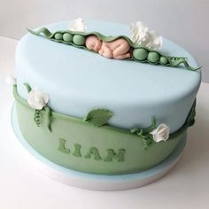 Pea in a pod Baby Shower Cake Pretty Cakes, Beautiful Cakes, Amazing Cakes, Fondant Baby, Fondant Cakes, Fondant Rose, Fondant Flowers, Fondant Figures, Cupcakes